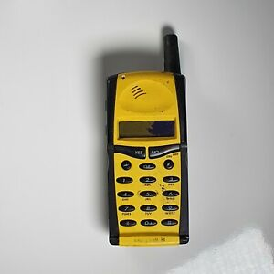 Vintage-Retro-GSM-Cell-Phone-Ericsson-GF768-Yellow-For-Parts