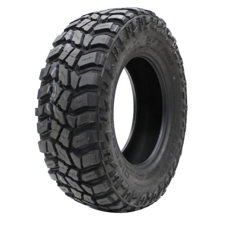 Cooper Discoverer STT Pro All-Season 35X12.50R22LT 117Q Tire