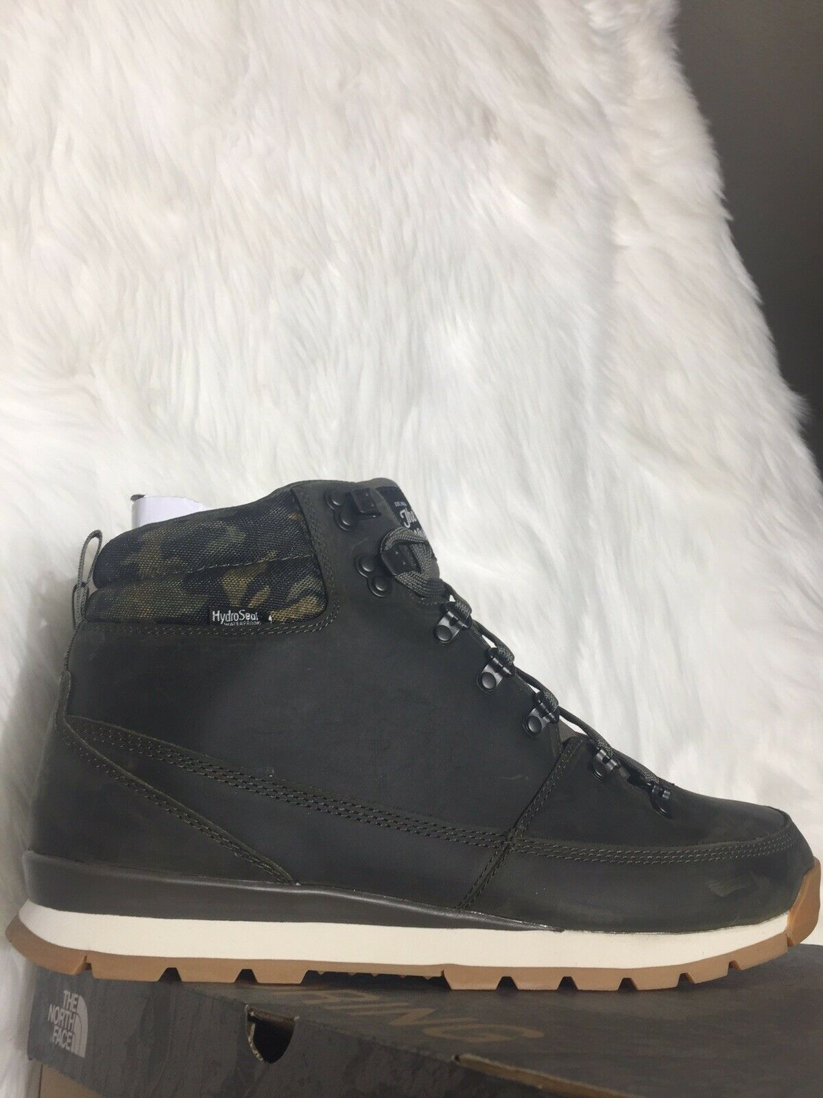 The North Face Mens Back To Berkeley Green Ankle Boots Size 11.5