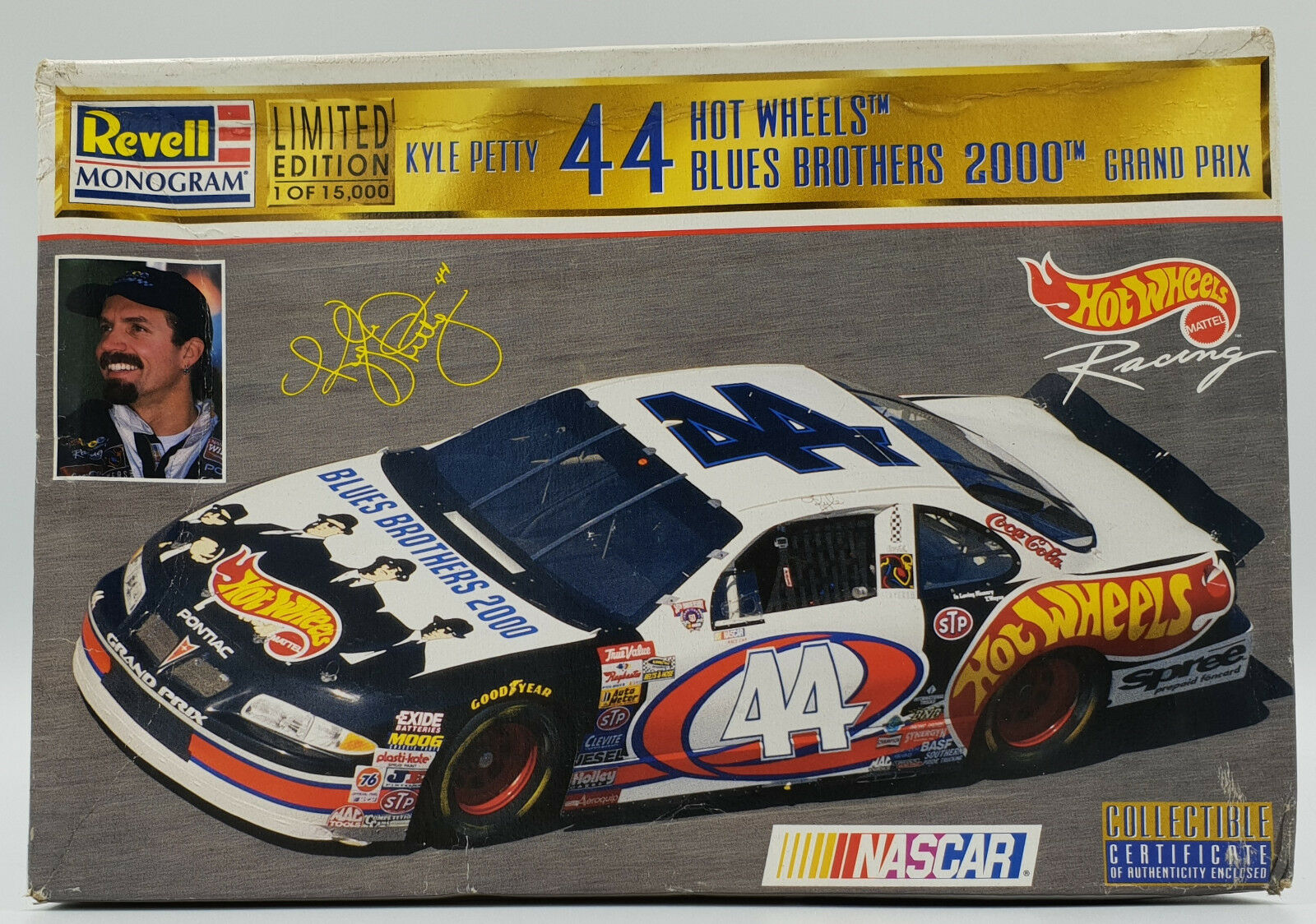 NASCAR   KY;E PETTY 44 HOTWHEELS blueES BROS 2000 MODEL KIT MADE BY REVELL
