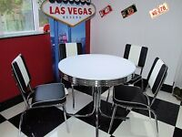 American 50s Diner Furniture With Four Black Chairs