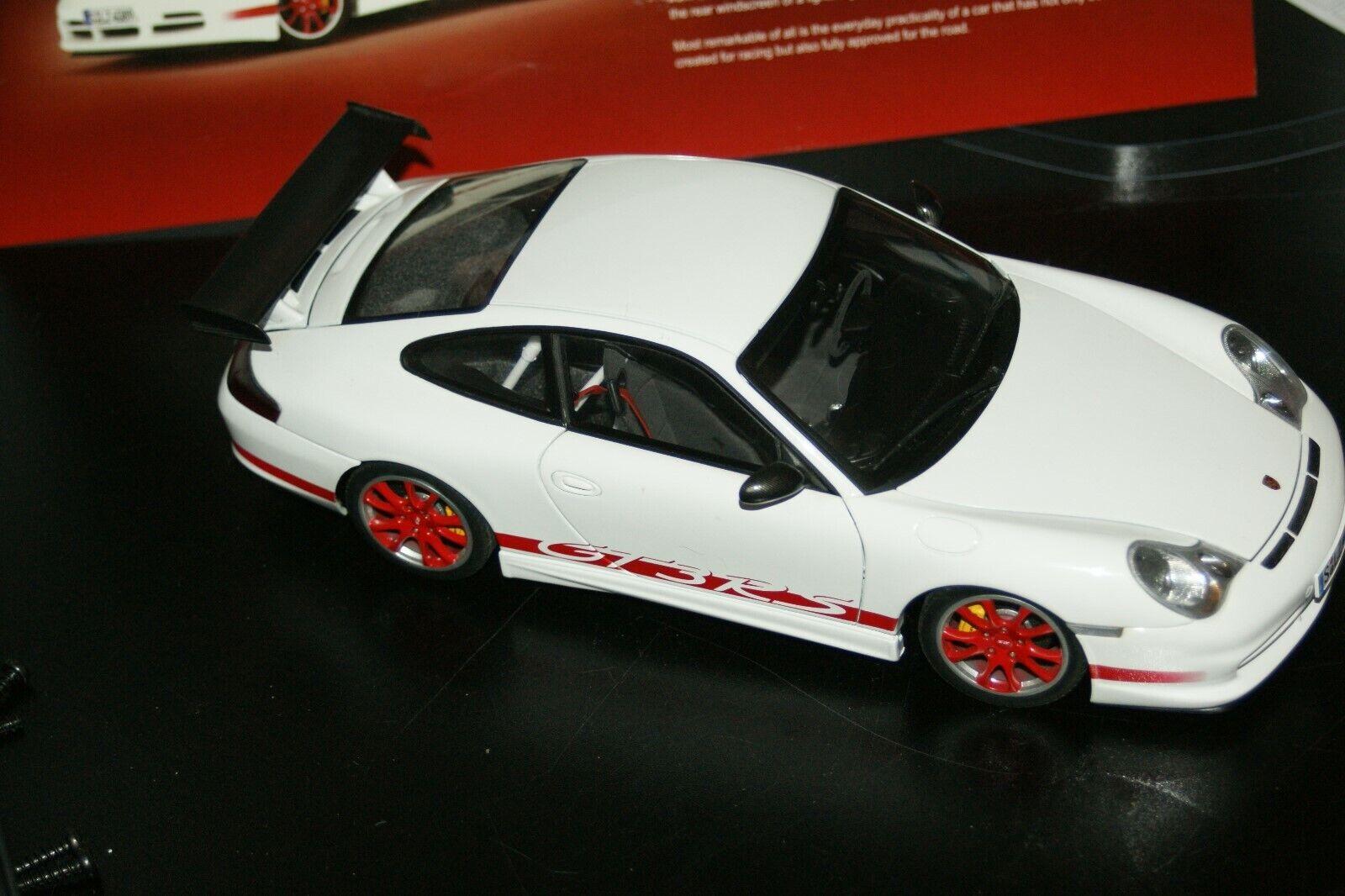 1 18 Autoart Porsche 911 997 GT3 RS blancoo   rojo stripes dealer box
