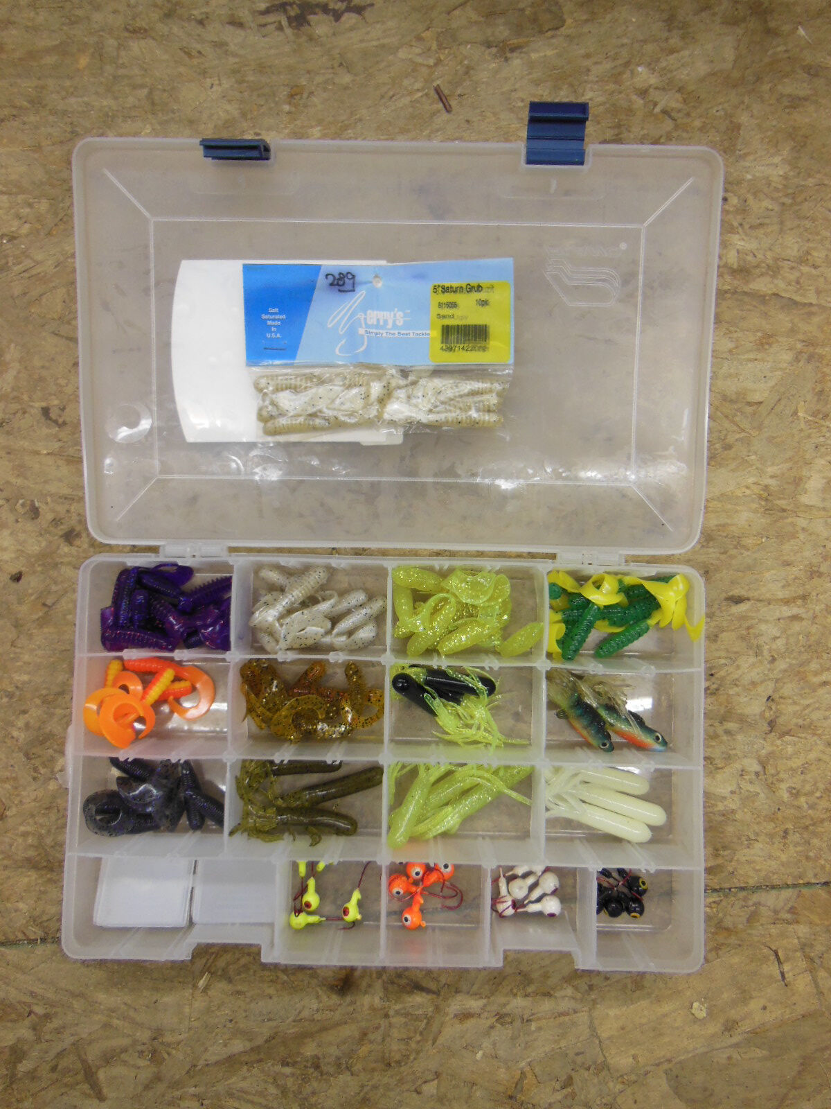Assortment of Soft Plastic Fishing Bait in different sizes & colors w  Organizer