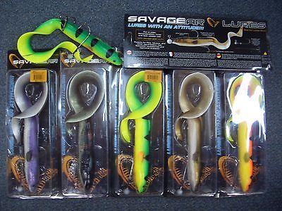 Savagegear Gummiaal Eel Aal 40cm 147g+9g LBS inkl.Stringer/&Bleikopf