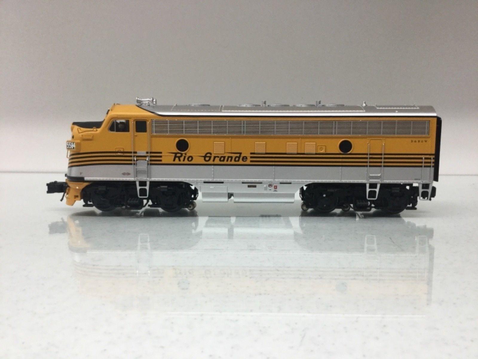 Atlas 30134037 Rio Grande F7A Phase 1  Early  Locomotive (Unpowered) 3Rail