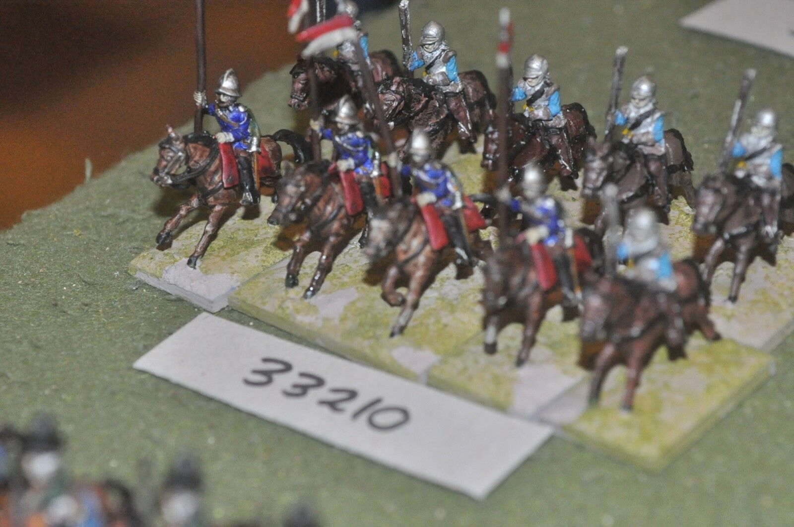 25mm ECW   parliament - heavy 10 figures - cav (33210)