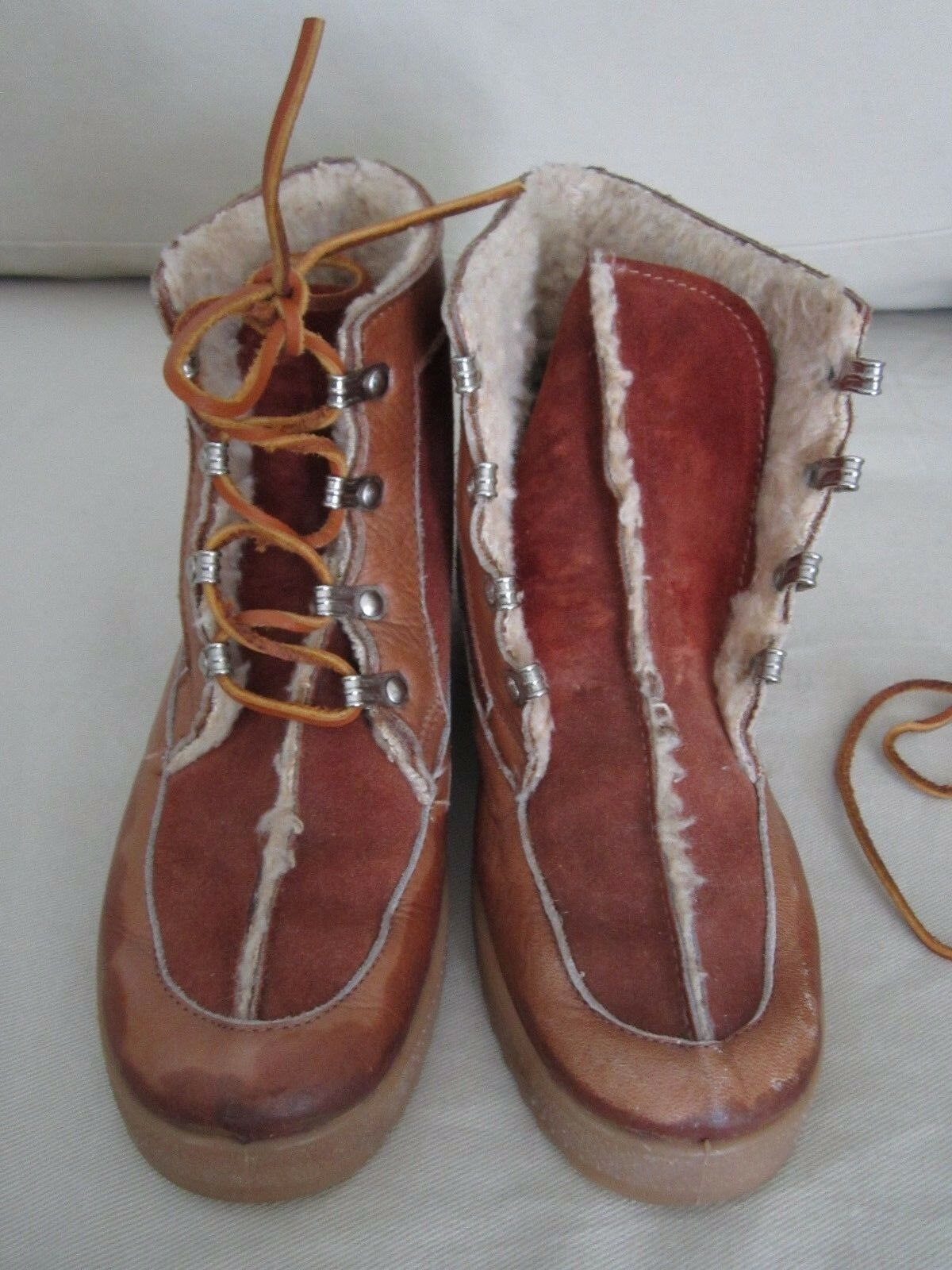 Womens Leather Shearling Lined Winter Mukluk Lace Up Boots Boots Boots Size 7 Made in  709d12