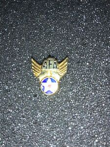 US AIR FORCE HAP ARNOLD WING WITH US FLAG LAPEL PIN MADE IN THE USA!