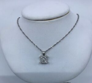 14k-White-Gold-Diamond-Pendant-Necklace