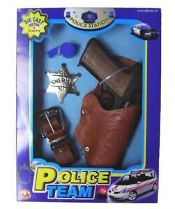 DIECAST-45-MAGNUM-PISTOL-GUN-SET-W-METAL-SHERIFF-BADGE-amp-HOISTER-boys-toy-sets