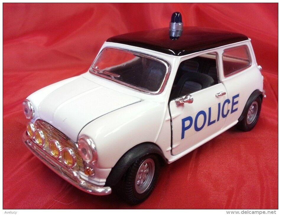 SUPERIOR 1 24 cod. SS 6701 - MORRIS MINI COOPER - POLICE -