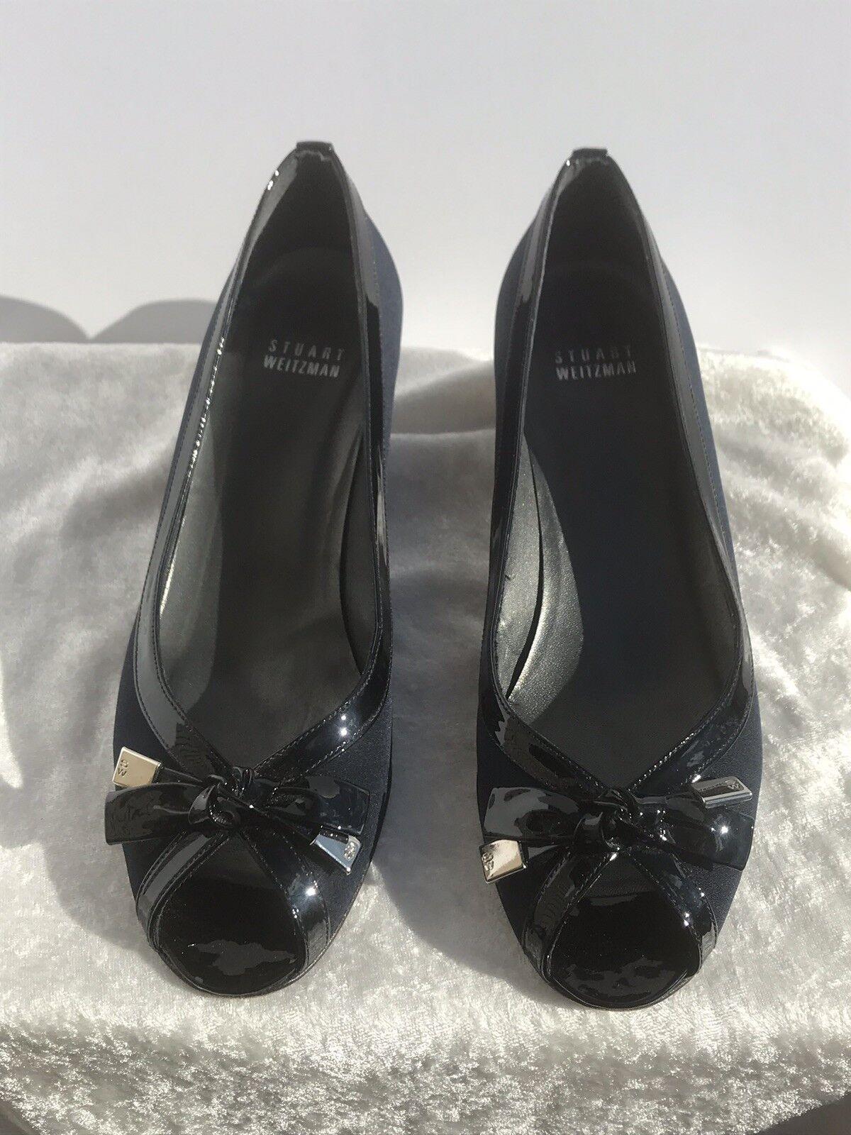 Stuart Weitzman TutiFruitti Navy Crepe Patent Leather Kitten Heel Open Toe Sz 8