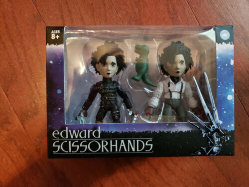 TLS Loyal Subjects Edward Scissorhands Figures