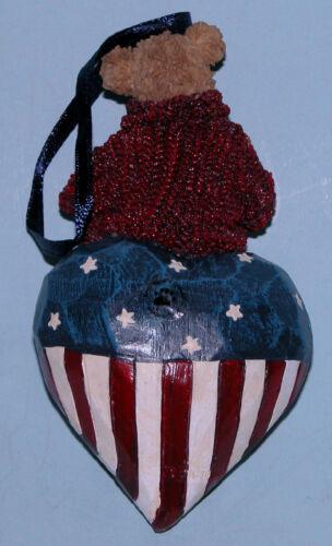 Boyds Bears ornament #257124 patriotic bear on heart USA Flag American