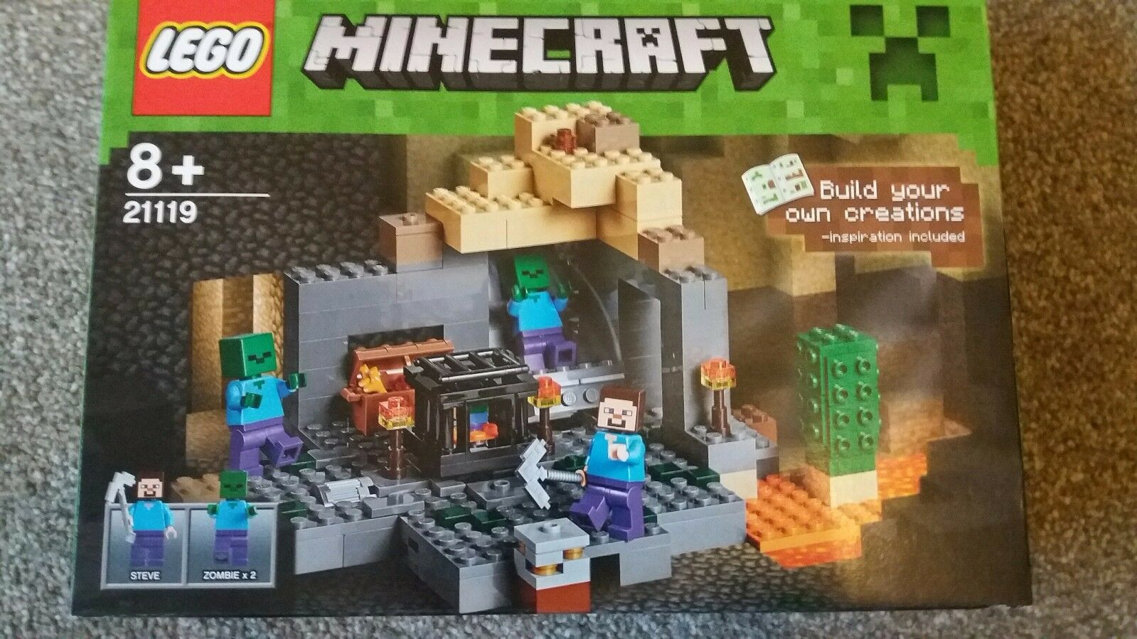 Brand New In Box LEGO Minecraft The Dungeon (21119)