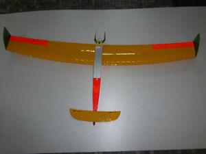 Elektro-Enten-RC-Flugmodell-Deep-Erpel-mit-Hacker-Motor-und-Zubehoer