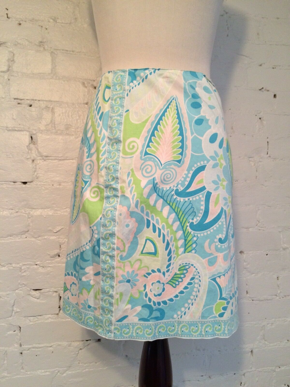 Elie Tahari Cotton Stretch Mini Short Skirt in bluee & Green Paisley size 12
