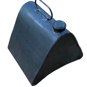 Uralter-Dreieckkanister-fuer-Oldtimer-24x22x20-cm-Originalzustand