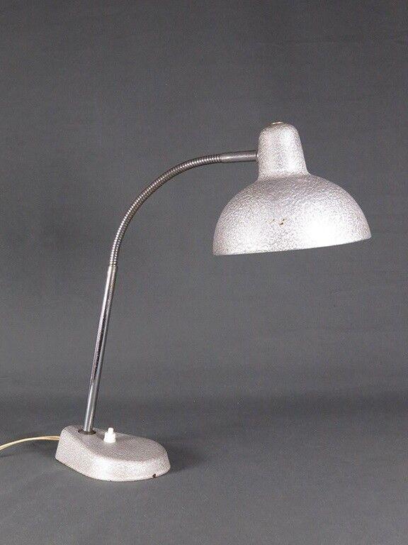 Anden arkitekt, Fransk sølvfarvet gooseneck fra 1960érne