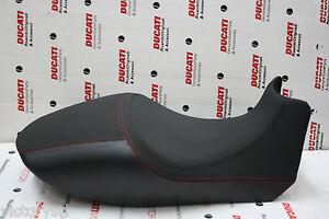 Asiento-Original-Version-Carbon-para-Ducati-Diavel-Cod-59521131C
