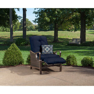 Blue Cushion Quality Outdoor Patio Recliner Chair