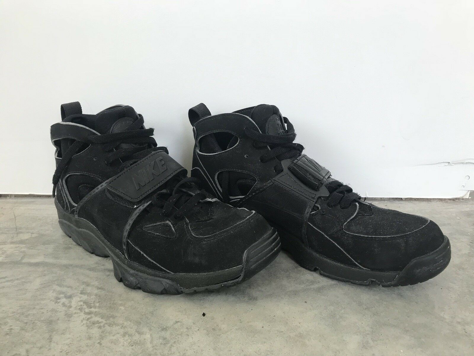 Nike Air Trainer Huarache BLACK  (2018) Size 10