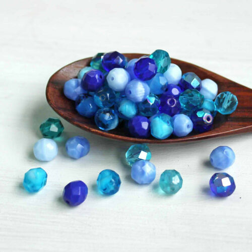 CB159 25 Czech Glass 8mm Beads Fire Polished Tones of Blues