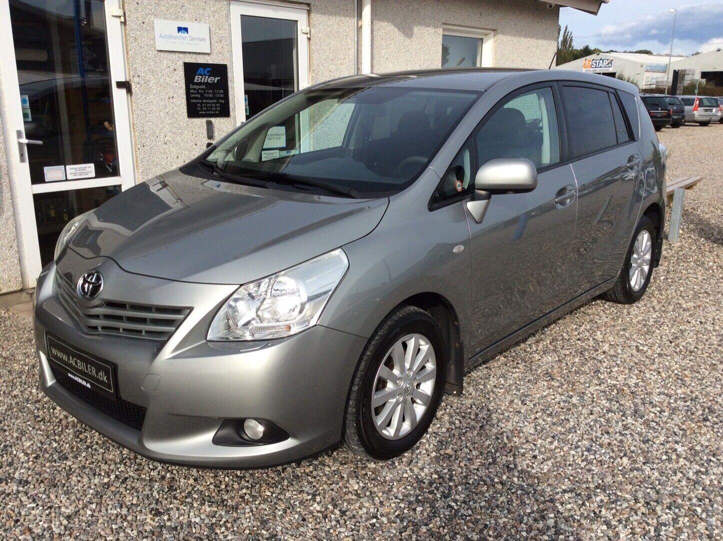 Toyota Verso 2,0 D-4D TX 7prs 5d - 129.900 kr.