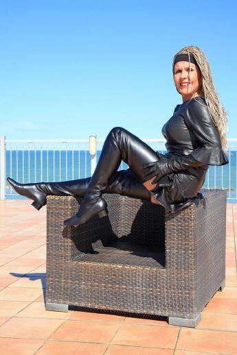 Grandes zapatos con descuento Crotch boots, extra langer Overknee Stiefel im Stil der 60er Jahre schwarz