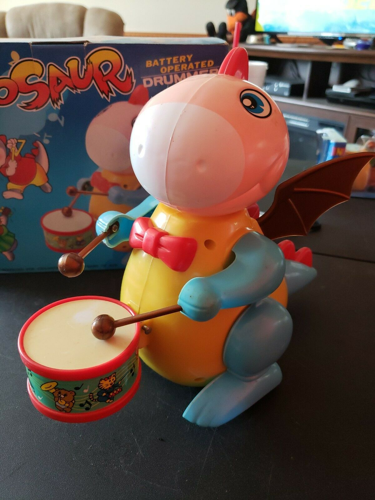 Funny Dinosaur Battery Operated Drummer Bump N Go With Box KM8903