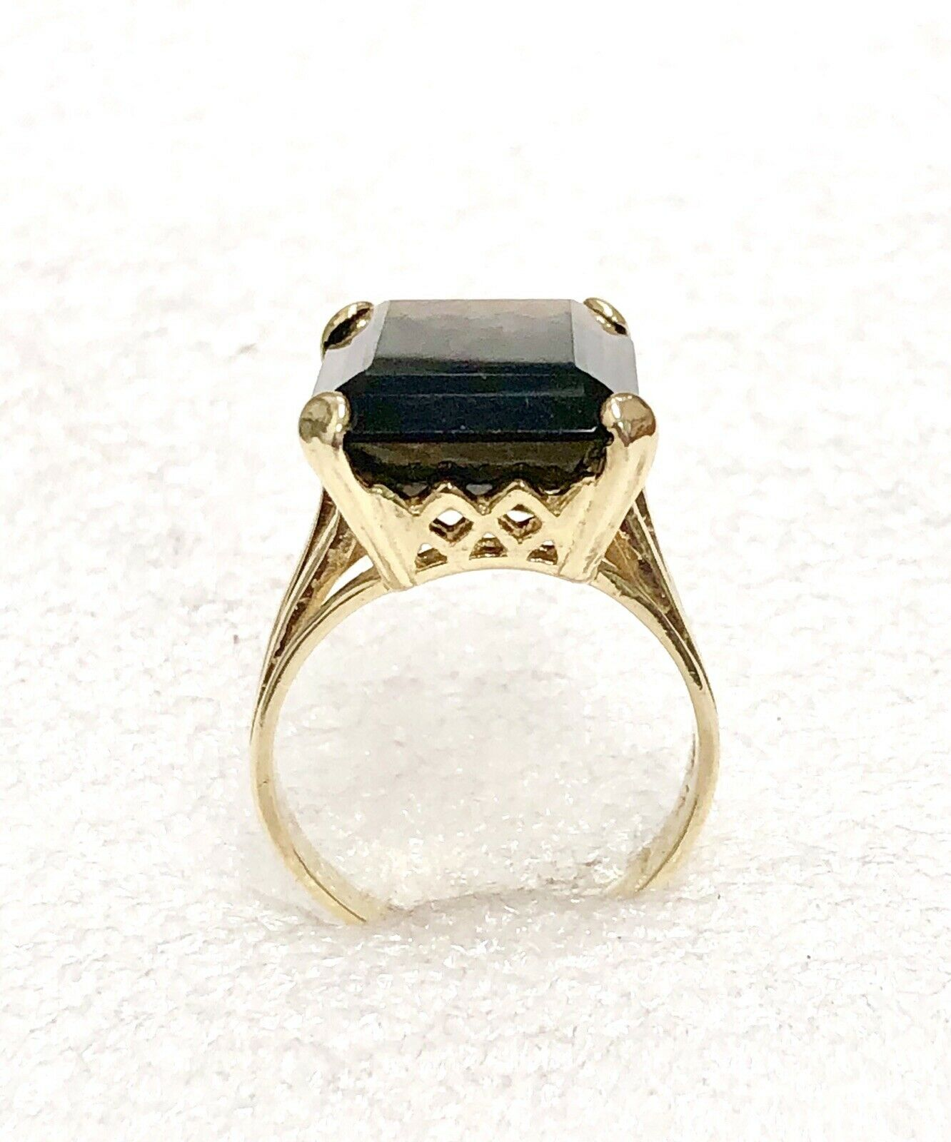 10k Solid Yellow gold Emerald Cut 15 CT. Smokey Topaz Ladies Ring Size 7.5