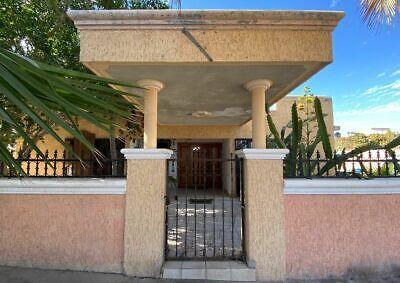 Casa en venta en La Paz muy cerca del malecón!