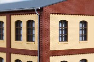 Auhagen-80414-echelle-H0-Poteaux-d-039-angle-etage-superieur-rouge-in