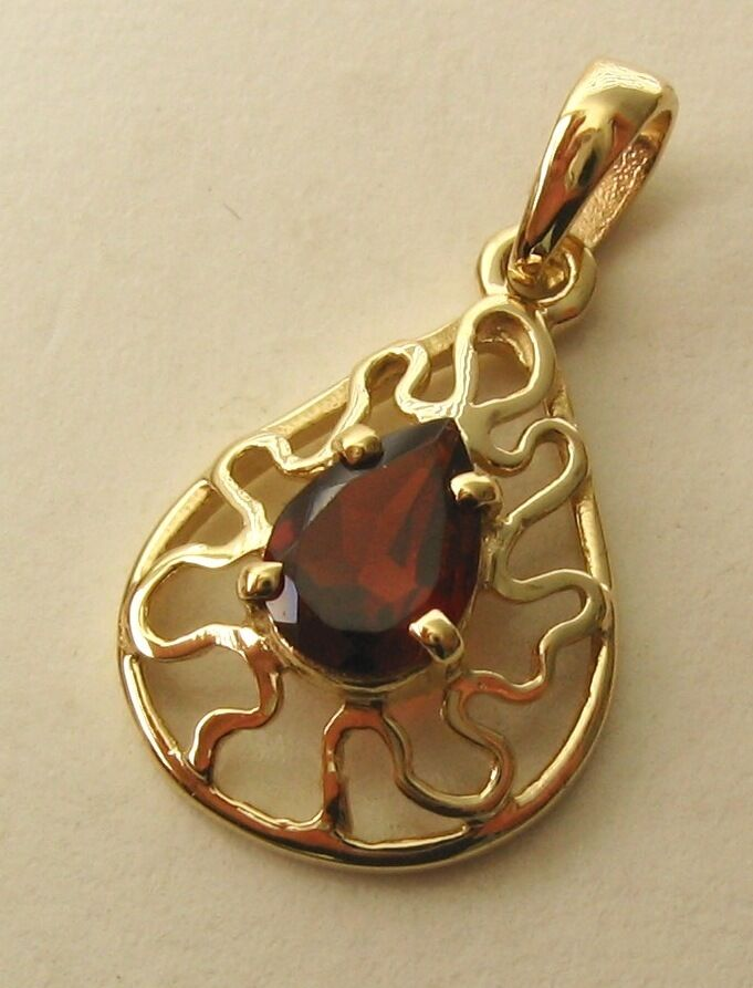 GENUINE SOLID 9K  9ct YELLOW gold GARNET Pendant