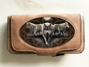 Anne-Stokes-boxed-purse-amp-wallet-combination-featuring-3D-image-of-Wolf-Trio