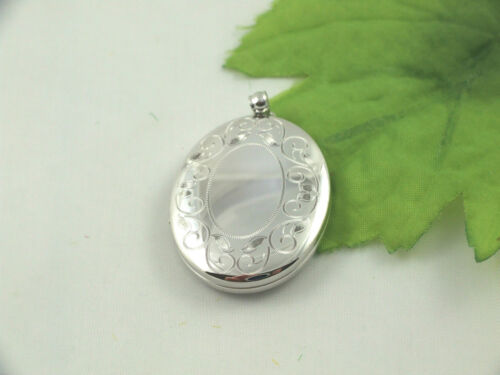 SL1003 925 Sterling Silver Large Size 34mm X 28mm Edge Engraved Oval Locket