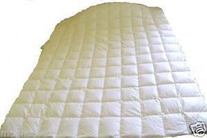 Mantas plumón mantas en talla extragrande. alemán marcas de fabricación.  </span>