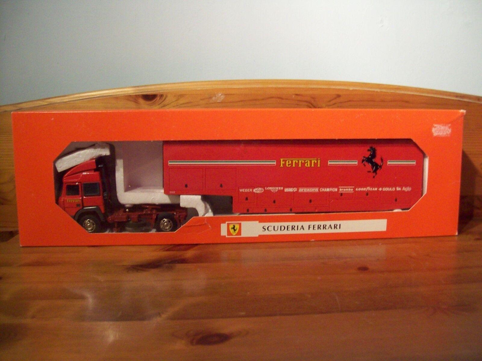 1 43 anciennes voitures art 77000 Transporteur 1980 Ferrari