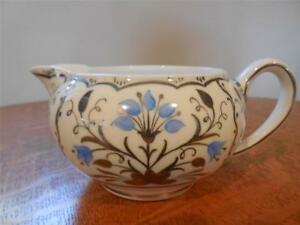 Wedgwood-Blue-Papyrus-bone-china-bute-shape-30-creamer-WH4080