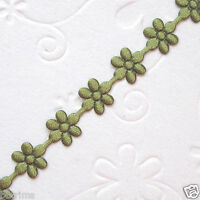 10 yds x 8mm Satin Flower Trims Padded Appliques ST320A