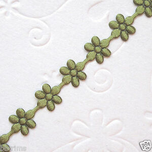 10-yds-x-8mm-Satin-Flower-Trims-Padded-Appliques-ST320A