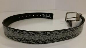 "Tony Hawk Black & white small skateboards belt Belt Size Youth Small 22-24"""