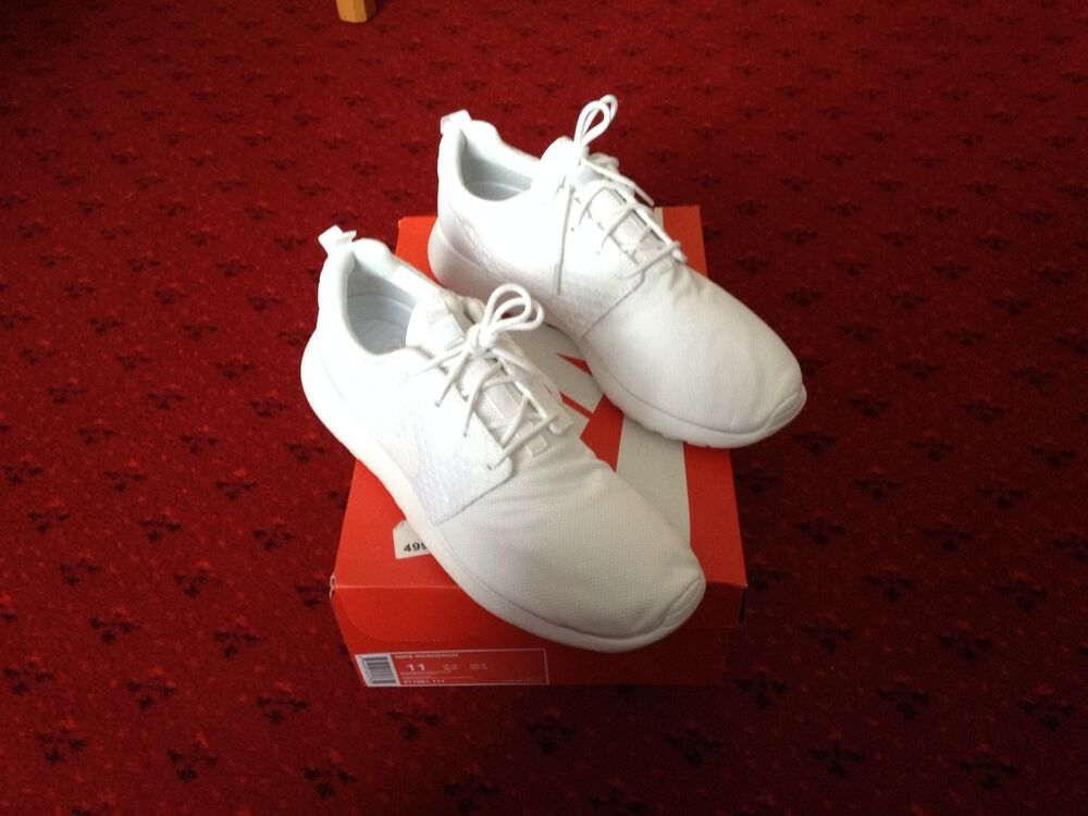 Nike roshe courir Triple Blanc Taille UK 10 NEUF   look-