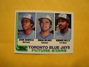 1982-Topps-203-1982-OpeeChee-203-Jesse-Barfield-Rookie-Card
