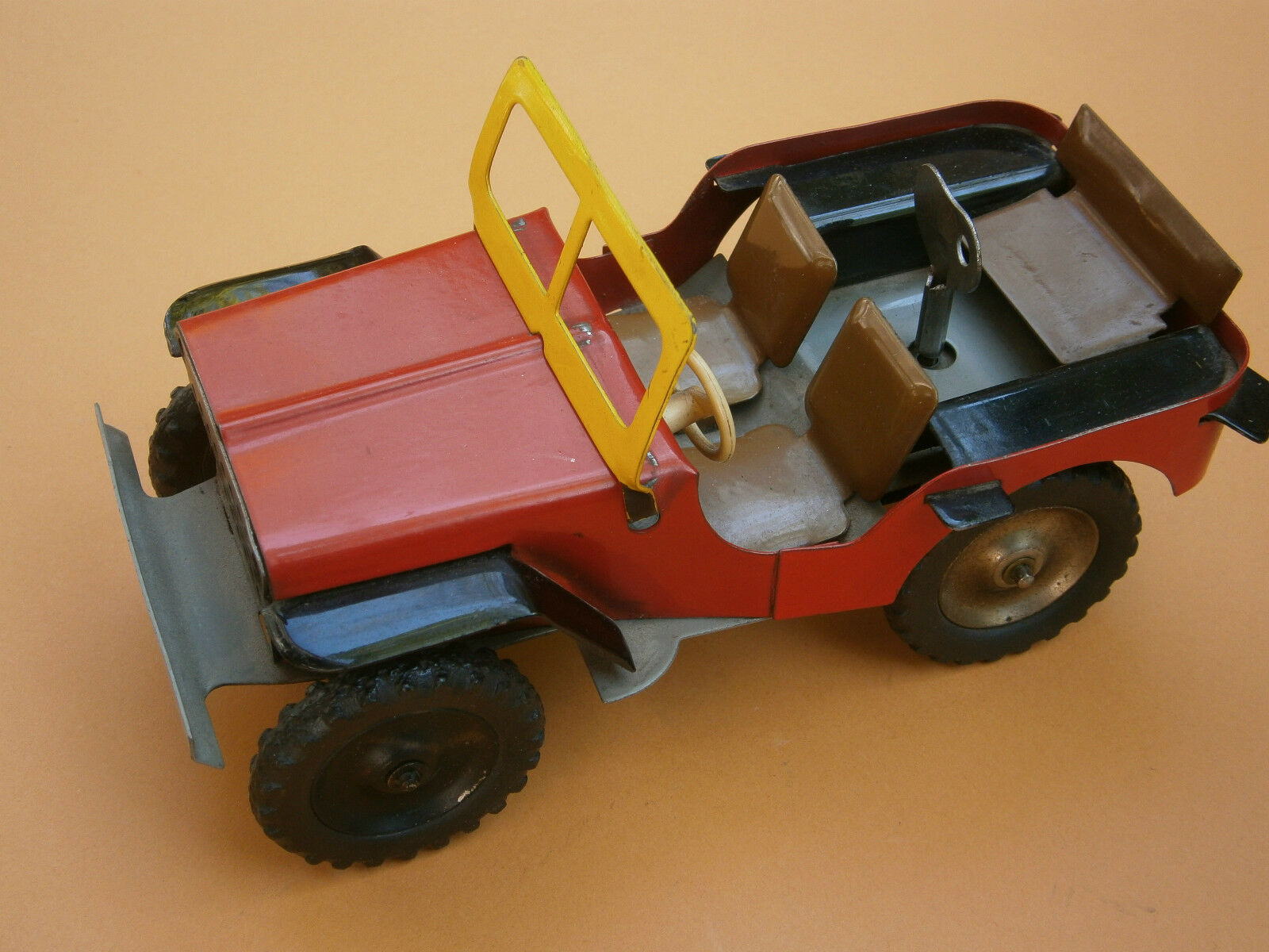 VINTAGE RARE RUSSIAN OLD RICTION WIND-UP TOY TIN CAR MILITARY ARMY JEEP WWII