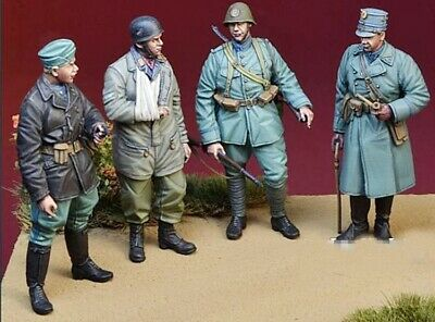 1//35 Resin British 4 Soldiers at Rest unpainted unassembled CK106