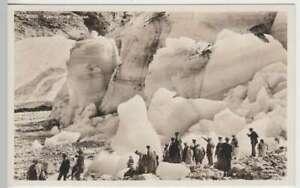 37874-Foto-AK-Loen-Personen-am-Fjord-Kjendalsbrae-vor-1945