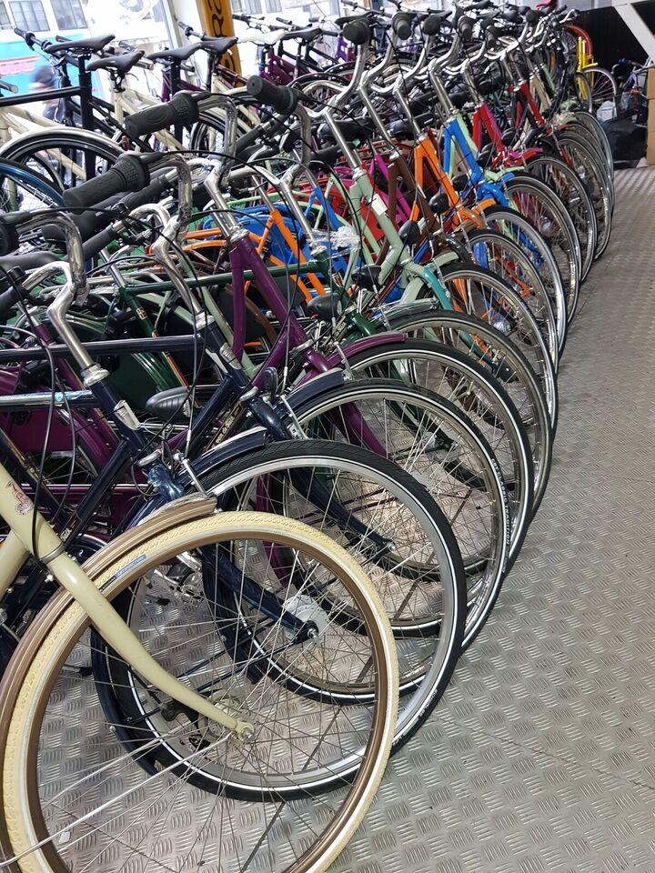 Damecykel, Van der falk, Klassisk city bike