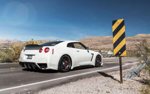 BEAUTIFUL NISSAN GTR NEW A3 FRAMED PHOTOGRAPHIC PRINT POSTER