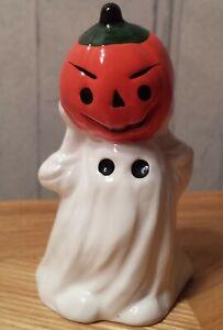 Halloween-Ghost-with-Pumpkin-Jack-O-Lantern-figurine-bone-china